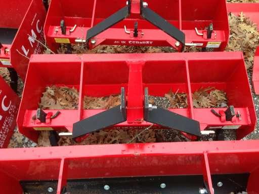 LMC 4 ft  Economy Box Blade