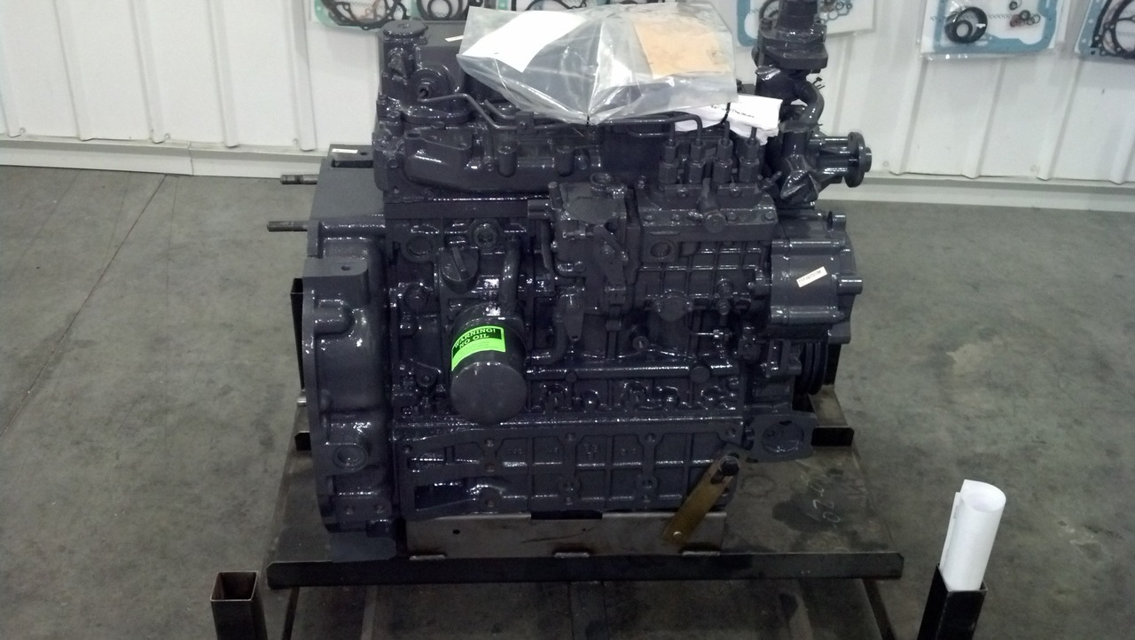 mustang mtl325 new kubota replacement spec v3800tdi engine