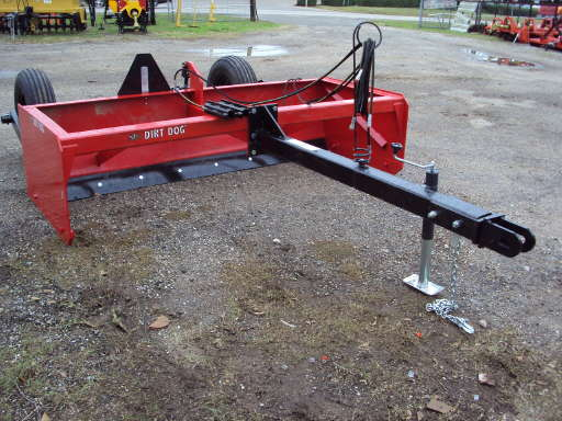 DIRT DOG Large pull type drag scraper / box blade