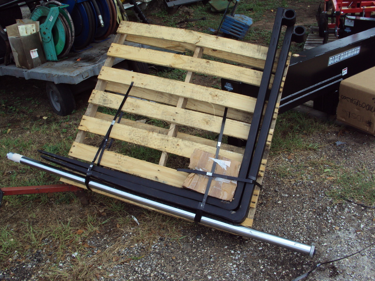 Tractor Bucket Forks : Equipment other over the bucket pallet forks magnolia tx