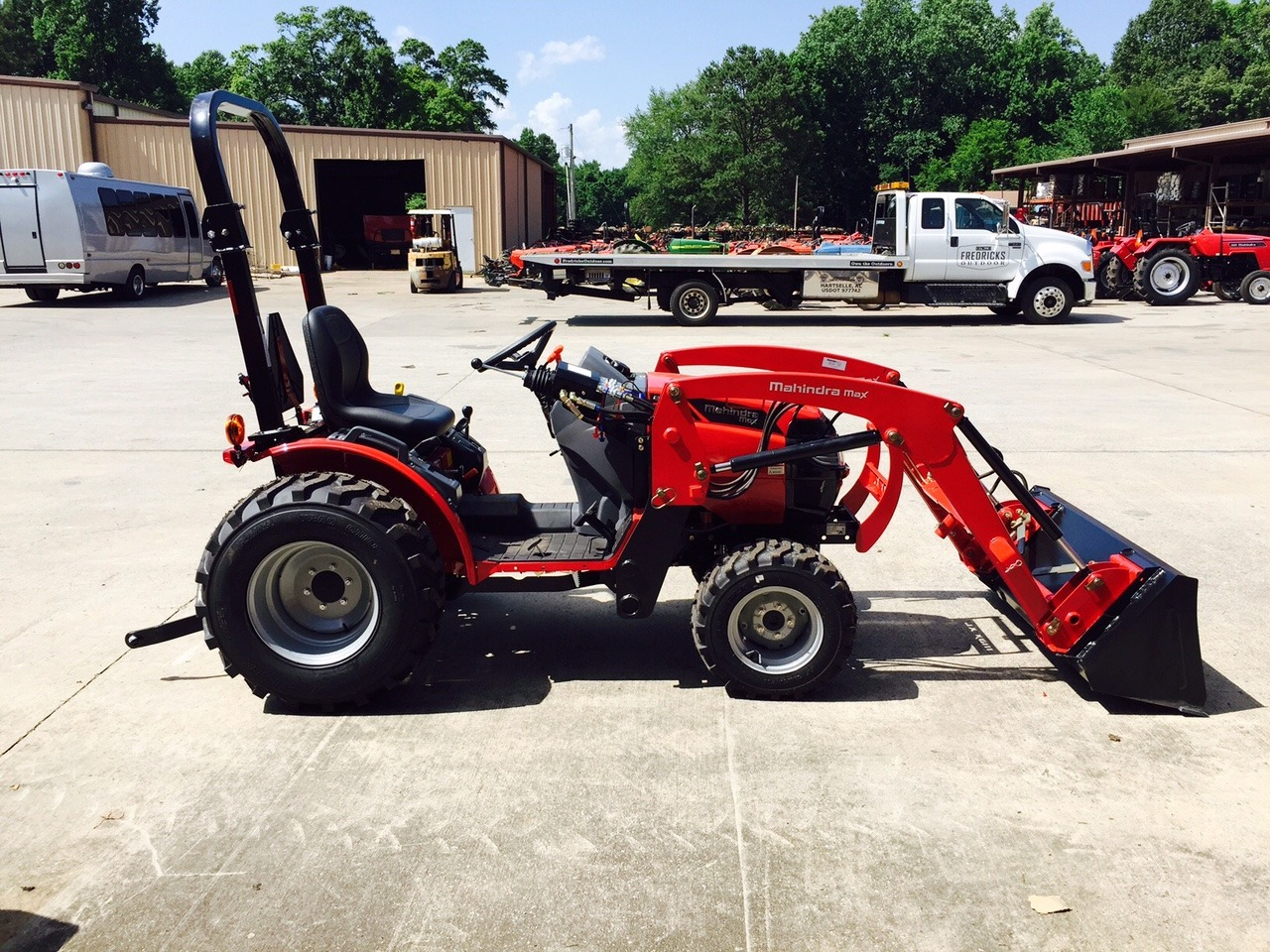 Mahindra Max 26 Shuttle 25 6hp 4x4 Loader Decatur Al