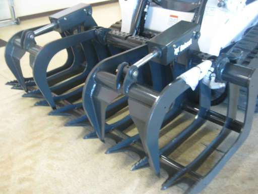 82 In  Root Grapple For Sale - Bobcat Grapples - Equipment