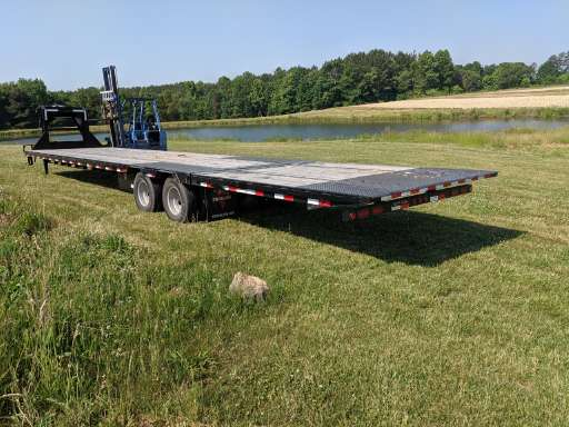 2019 Pj Trailer 40' hydraulic dovetail LY low profile