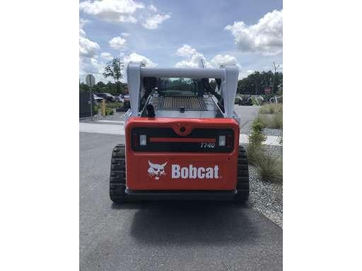 2018 Bobcat T740 Standard