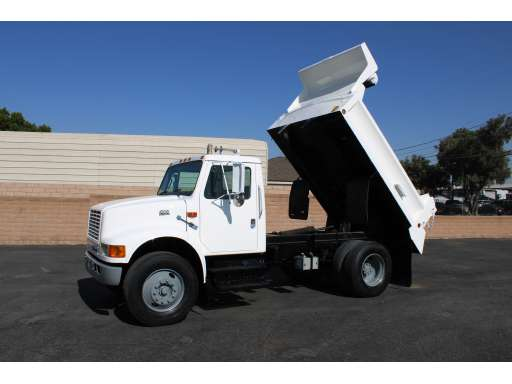 2004 Ford F-650 Xlt Crew Cab 22 Ft  Box Van Grip Truck For