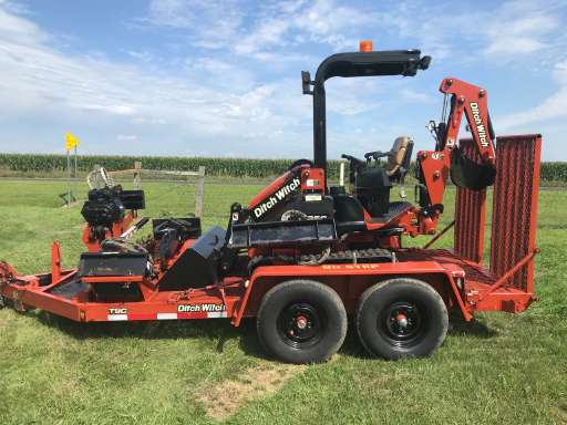 DITCH WITCH 7610 Water Line Trencher