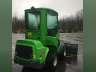 0 AVANT 528, Equipment listing